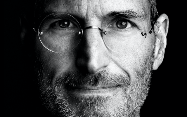 Steve Jobs, myynnin johtaminen, myyntipresentaatiot, kasvujohtaminen